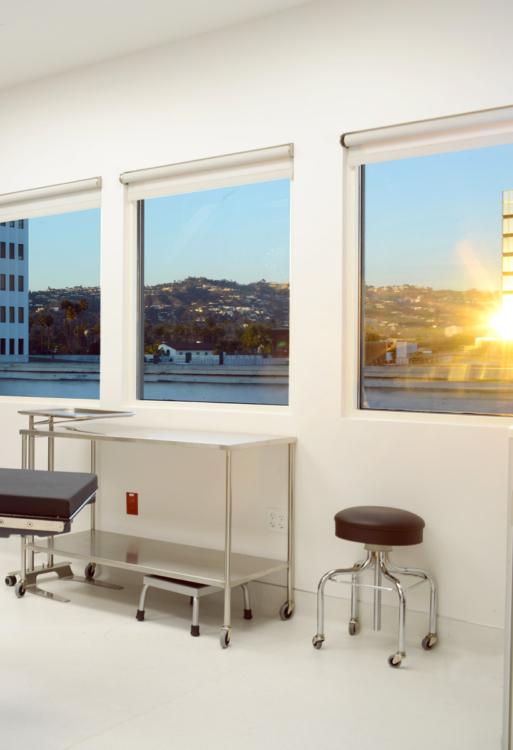 Beverly Hills Golden Surgery Center OR Windows